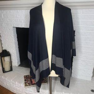 CAbi reversible shawl cape navy beige never worn